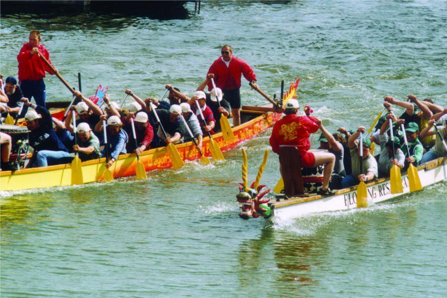 Detailbild von Drachenbootrennen