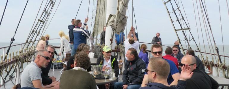 Bedrijfsuitje traditioneel zeilschip