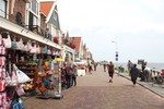 Thumbnail 2 of City walking tour in Volendam