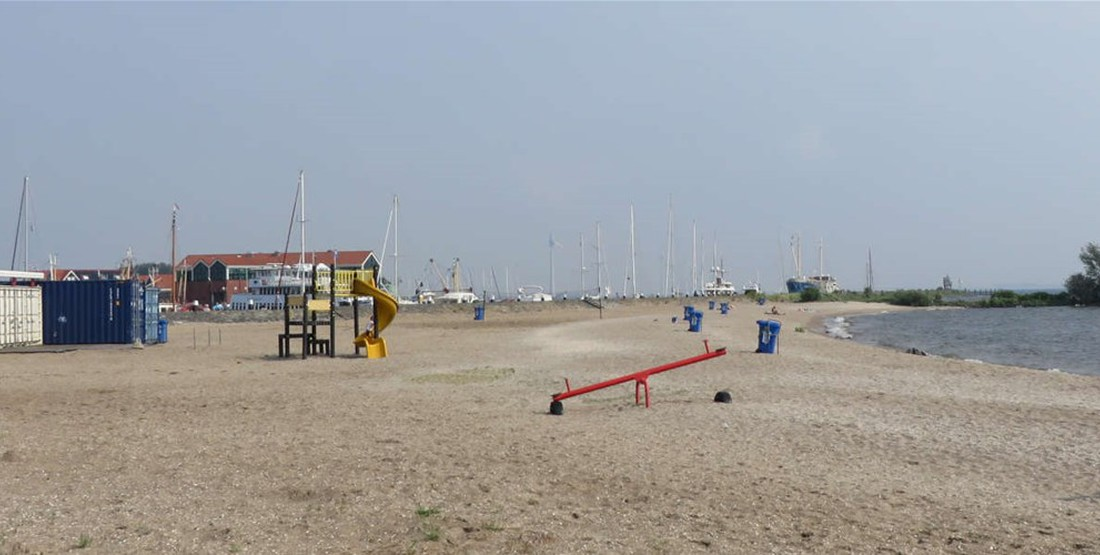 Urk beach